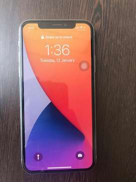 iPhone X 256GB Silver With Bill and Box