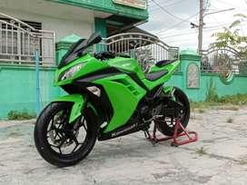 Kawasaki ninja 250 fi hijau tahun 2015