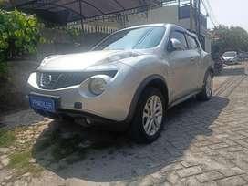 Dijual Cepat Nissan Juke 1.5 CVT 2011 Silver Kesayangan