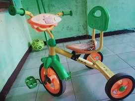 sepeda family masih bagusssepeda roda 3