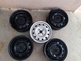 Maruti Suzuki Swift Tyre Rims