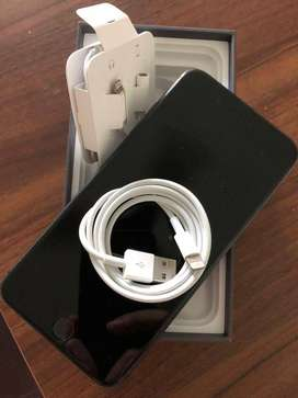 Get iPhone 8plus (64gb) model with bill box all and accessories (COD)