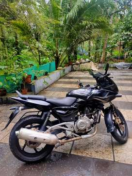 Pulsar 220 , Single owner , neat condition urgent sale