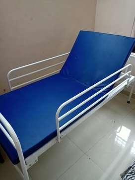 manual recliner bed for bedridden patients