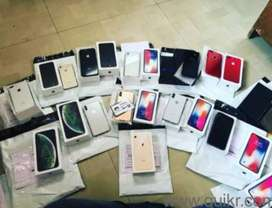 IPhone Available With All Accessories and Bill Box
