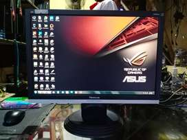 LCD Monitor WideScreen ViewSonic 20inch Mulus