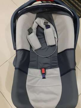 Baby Cot + Car Seat + Hand Carry