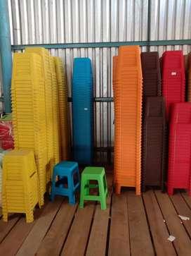 Berbagai macam kebutuhan furniture plastik