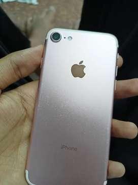 Iphone 7 32 good condition need money