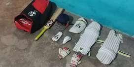 Cricket kit arjent sale Karna h