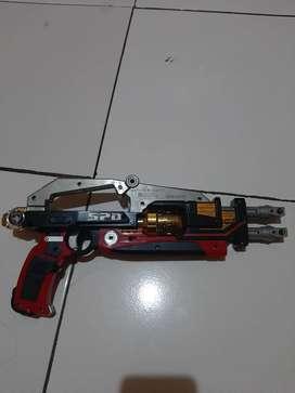 Action figure senjata power ranger SPD