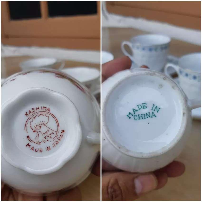 2 Set Cangkir Keramik Antik Made In China dan Japan 0