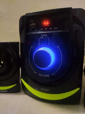 Bluetooth Home Theatre in an unused condition