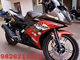 Yamaha R15 [km.4000]