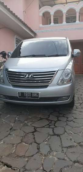 Jual hyundai H-1 elegance th-2011 istimewa