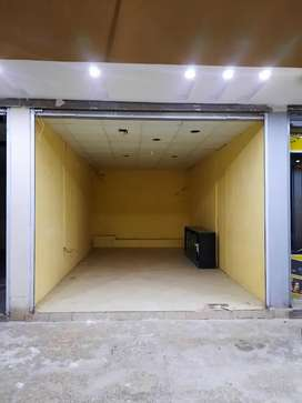 Shops available rent for offices and other commercial use