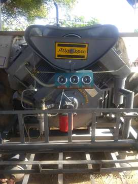 Tractor Air compressor one month used
