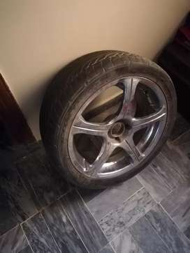 17 Inch Crome Alloy wheels with tyres