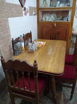 Best condition in dining table sada colony