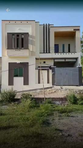 new house  near rafe public school kareem pur road