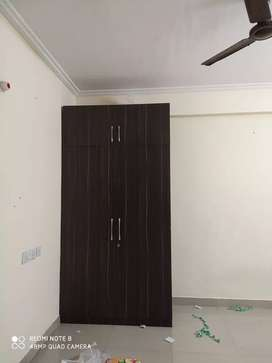 2bhk flats on near Trauma centre Lanka prime location
