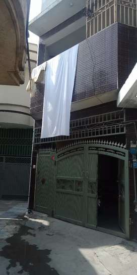 4 rooms with 2 bath attach Malakand Stop Sui Gas Road Wah Cantt