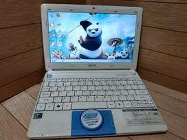 Netbook Acer Aspire One Happy Murah