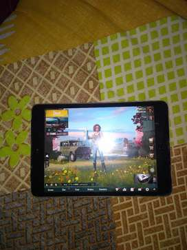 Ipad Mini 2 (16gb)(Wifi+Cellular)(Runs PUBG) (Latest IOS)Urgent Sale