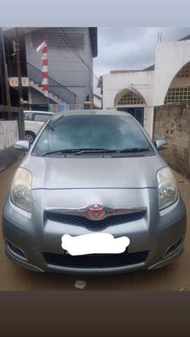 Toyota yaris 2012 manual type E