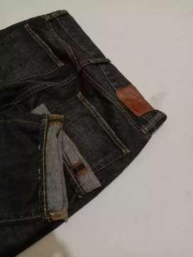 Uniqlo S-002 Size 30 verygood condition jahit rantai