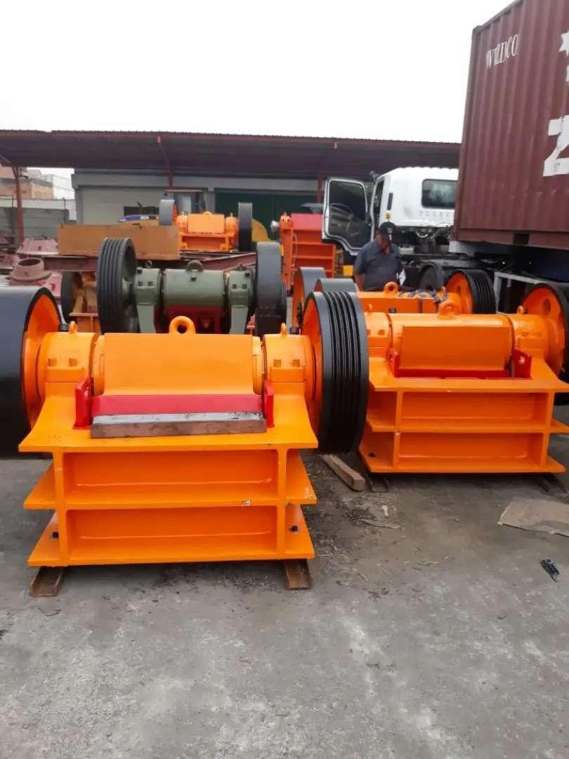 Mesin pemecah batu atau crusher NEW murah dan berkualitas 0