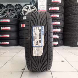 Ban import. TOYO TIRES 245/45 R18 PROXES T1R. Mercy/ BMW dll