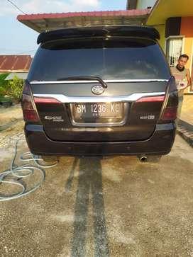 Innova g 2006 bensin