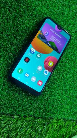 Samsung M01  3gb ram 32gb rom mobile for sell in good condition