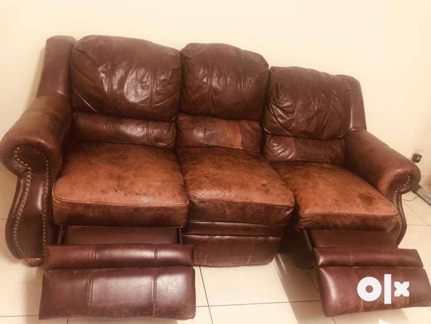 Leather recliner US sofa 0