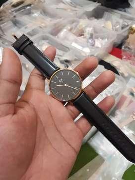 Dijual jam tangan merk dw GARANSI 1Tahun