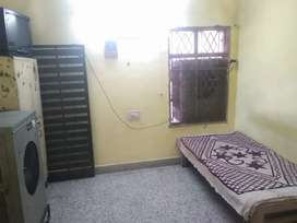 1 room for rent