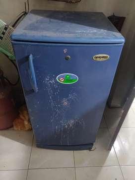 Single door fridge for sale