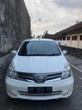 Nissan Grand Livina 2013 Putih Manual Bisa TT