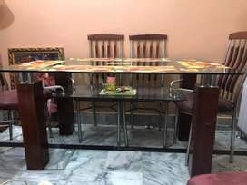 Glass Dininig Table New Condition with 6 chairs