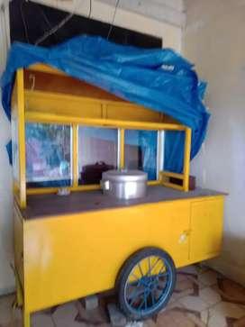 gerobak jualan bakso atau makanan