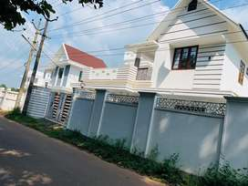 Aluva uc college 6.50cent 2400sqft 4bhk house for sale