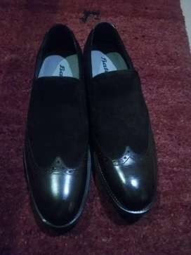 BATA SHOES . USED ONCE 43 size