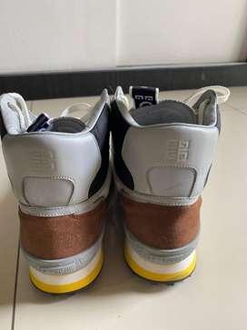 Givenchy shoes sepatu keren… size 44…