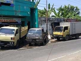Menerima Jasa Transportasi atau pesanan untuk mengangkut barang