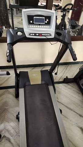 Gym sales BRAND NEW LOOK   TREADMILL