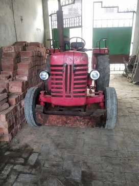 Very good condition mahindra Di 265 originally condition