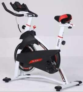Sepeda statis spinning 930