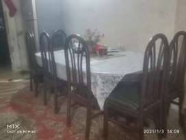 Dining table urgent saling
