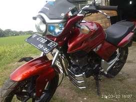 Tiger revo 2010 merah
